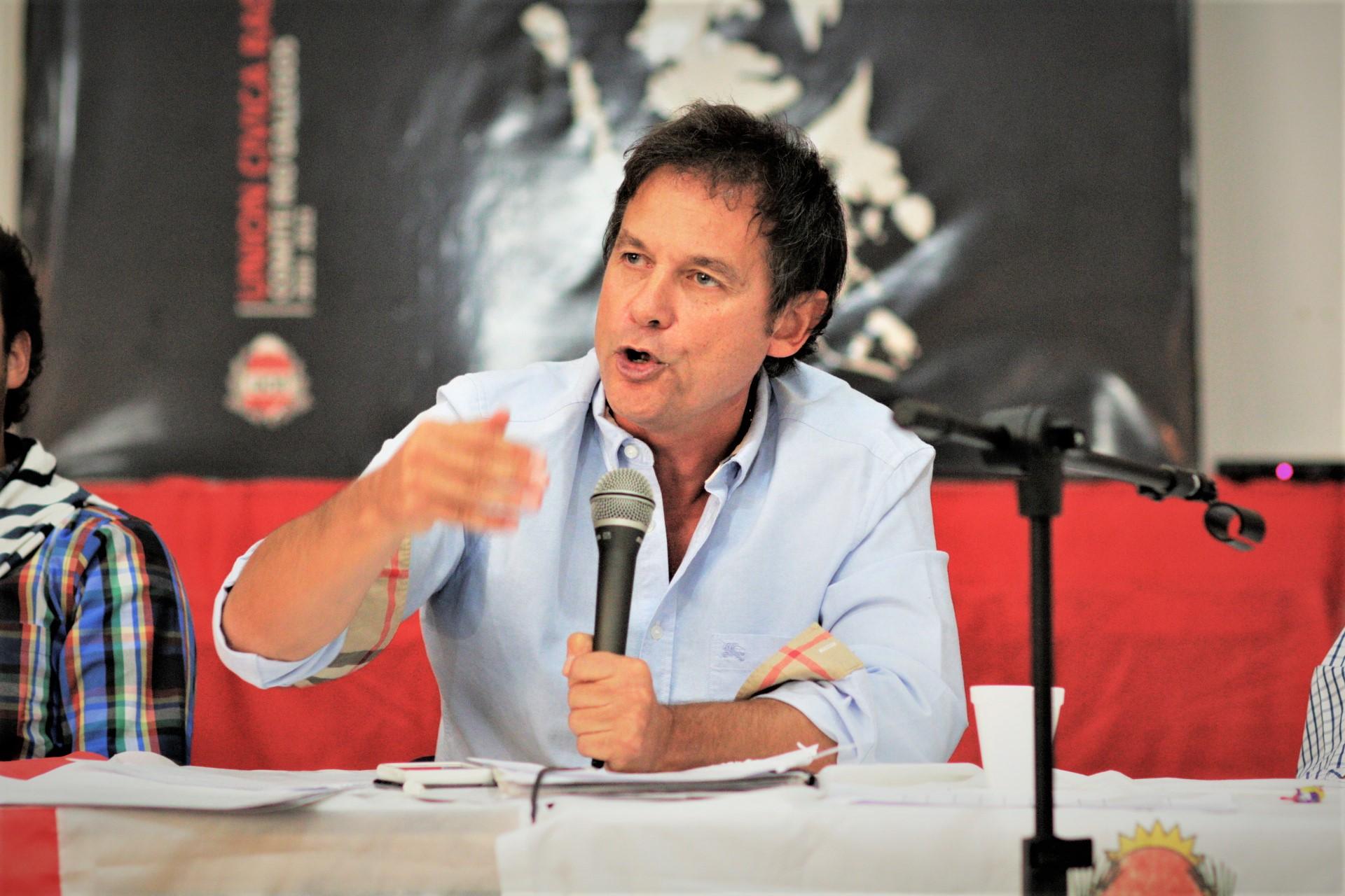 Salud Eduardo Costa: reportan leve mejoría y se le retiró el respirador
